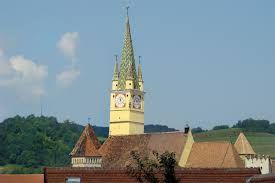 Imagini pentru turnul pietrarilor medias