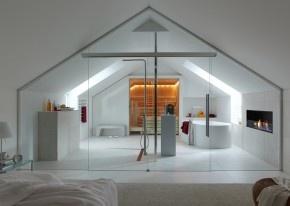 Design bed- badkamer met douche, bad, sauna en haard. Deze minimalistische badkamer kun je met recht een privé spa noemen.