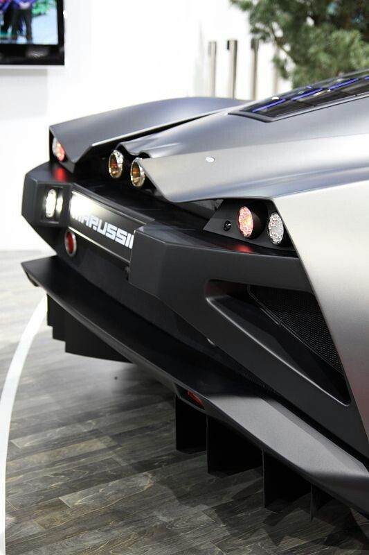 The Russian Super Car, Marussia B2