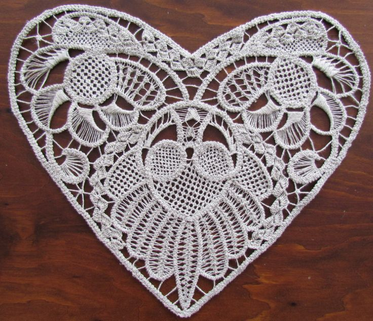 RPL Heart.romanian point lace