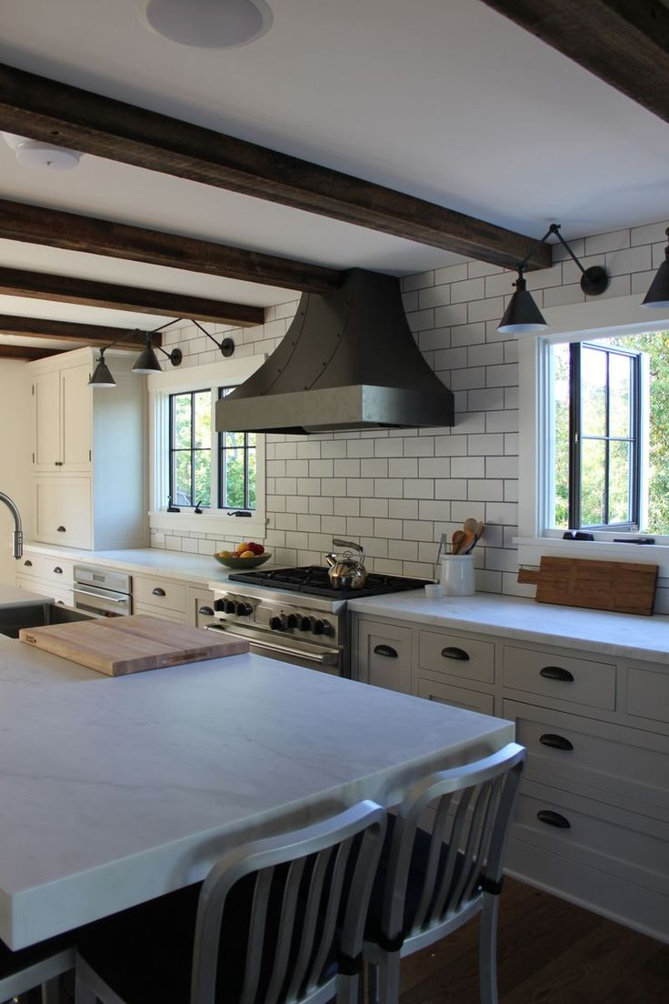 windows flanking hood | FarmHouse Urban