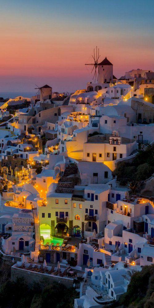Pourquoi ne pas donner un coup de main à la Grèce en y passant ses vacances - Oia