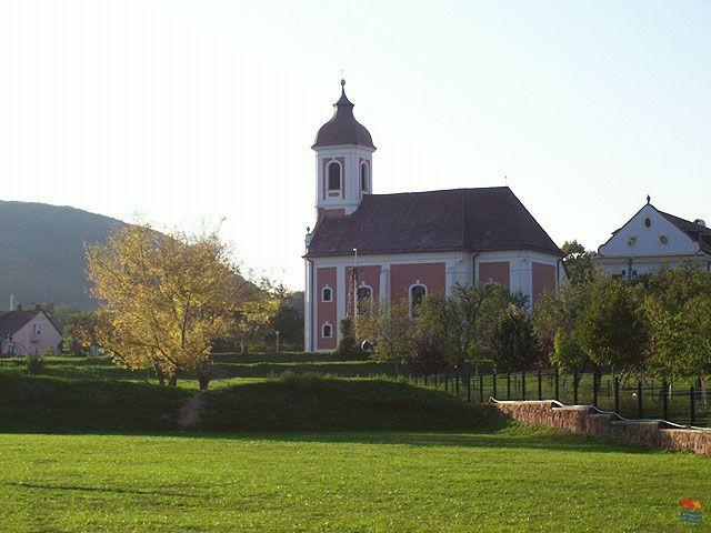 Készítette: Istenes Károlyné - Balatonalmádi - 2007.09. A vörösberényi katolikus templom