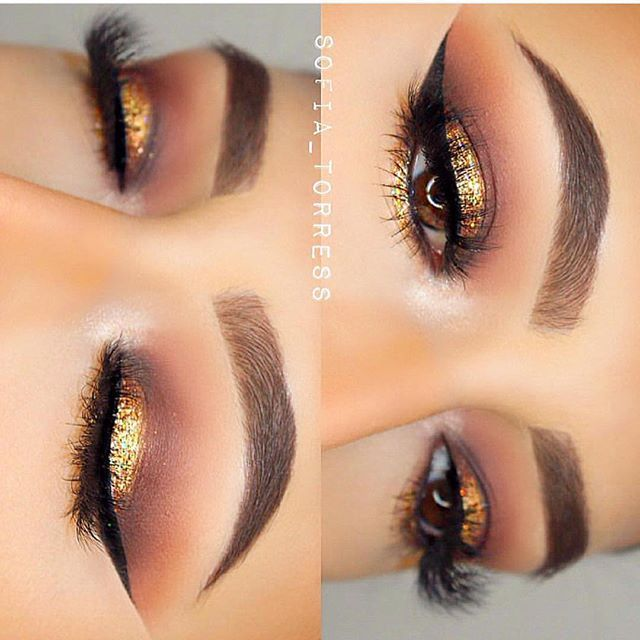 The tools are just as important as your technique. Make the switch to #morphebrushes A fave of @sofia_torress We hope you love this shimmering gold and bronze eye as much as we do! Can we just have those brows for Christmas? Wowzaaaaa #morphegirl #TeamMorphe