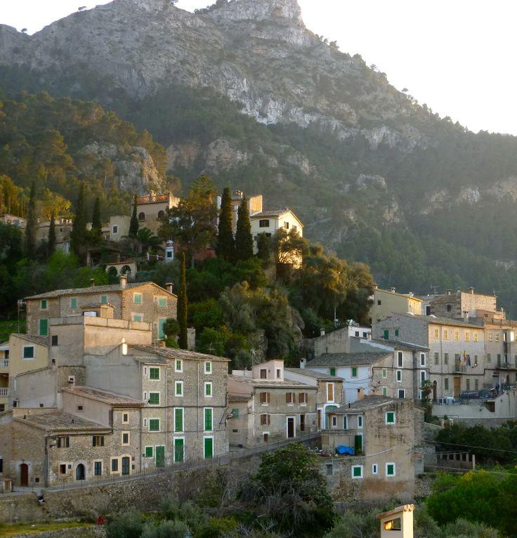 Estellencs - by Mar y Roc Mallorca Wandern. www.maryroc.de