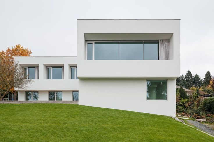 KUEHN MALVEZZI, Ulrich Schwarz · Haus im Taunus. Germay