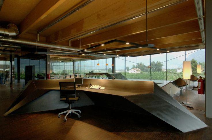 Rothoblaas limited Company / monovolume Open space