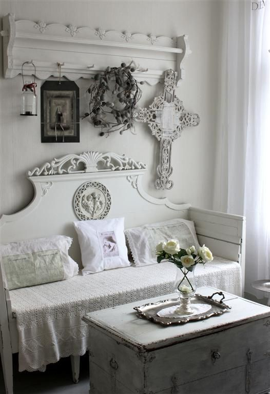25+ Best Ideas About Shabby Chic Headboard On Pinterest