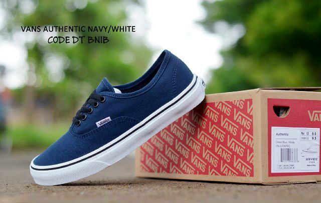 """Vans Authentic man & women """"PREMIUM QUAlity"""" 37-44 II Waffle DT Premium II 280 ribu (Belum termasuk ongkir dari bandung)  Mau?? Hub official Jhon_shop123 Cs:5d6634dd Line/wa:087825752488 #jualsepatu #jualsepatumurah #sepatu #boots #jualnewbalance #jualnike #shoes #nb #newbalance #boots #nike #adidas #sepatumurah #countryboots #sepatumurmer #sepatubranded #sepatubagus #sepatuboots #sepatucowo #sepatumurah #boy #sepatucasual  #sepatuonline #moofeat #anekasepatu #trustedseller #sepatucowok…"""