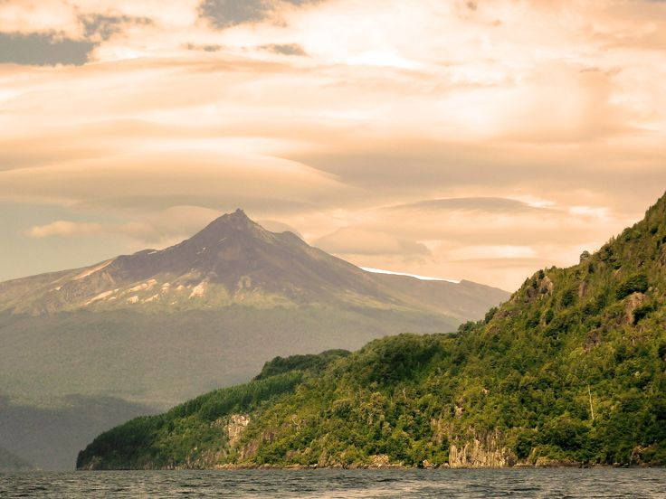 great view of Choshuenco Volcano - Panguipulli - CHILE