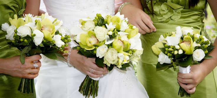 Green cymbidium orchid hand tied for bride and bridesmaids www.flowerartbycatrin.com