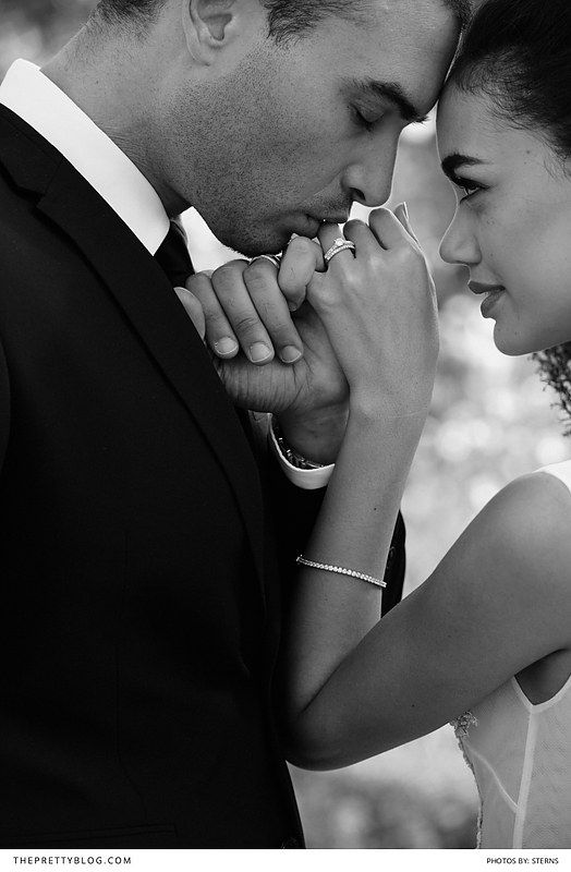 Beautiful black and white wedding shoot inspiration PLUS a massive giveaway! Win!