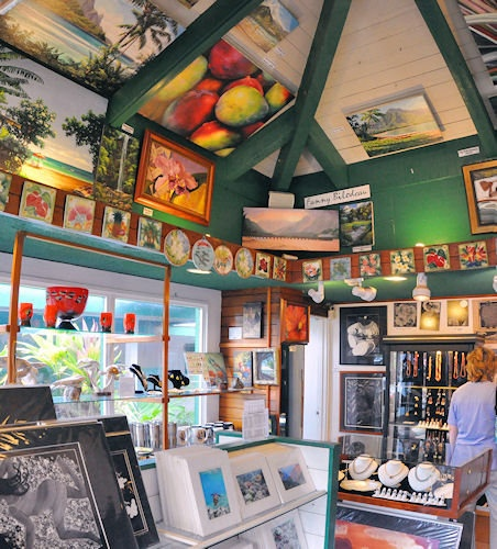 Delighful Coffee Shop Art Gallery And Inspiration Decorating