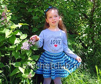 Трехцветная юбка для девочки 5 лет, связанная крючком. Бесплатная схема вязания юбки