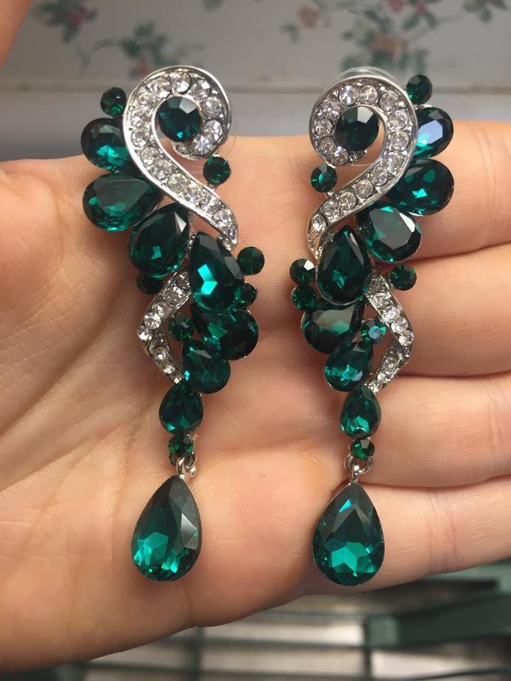 Emerald Pageant Earrings   Green Earrings  Green Pageant Earrings    www.LMBling.com   pageant earrings #lmbling #lmblingearrings #lmblingemeraldearrings #lmblingstatementearrings #pageantearrings #emeraldpageantearrings #lmblingchandelierearrings #chunkyearrings #pageantjewelry #promjewelry