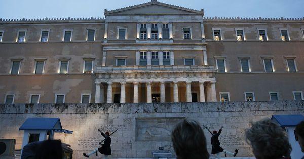 Entre Athènes et la BCE, « une partie de poker menteur »
