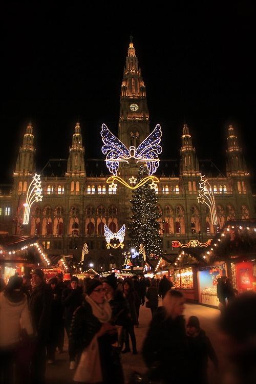 Adventmarkt in Vienna.