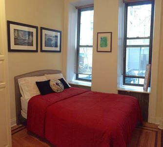 Check out this awesome listing on Airbnb: Park Ave gem -Steps to Central Park in New York