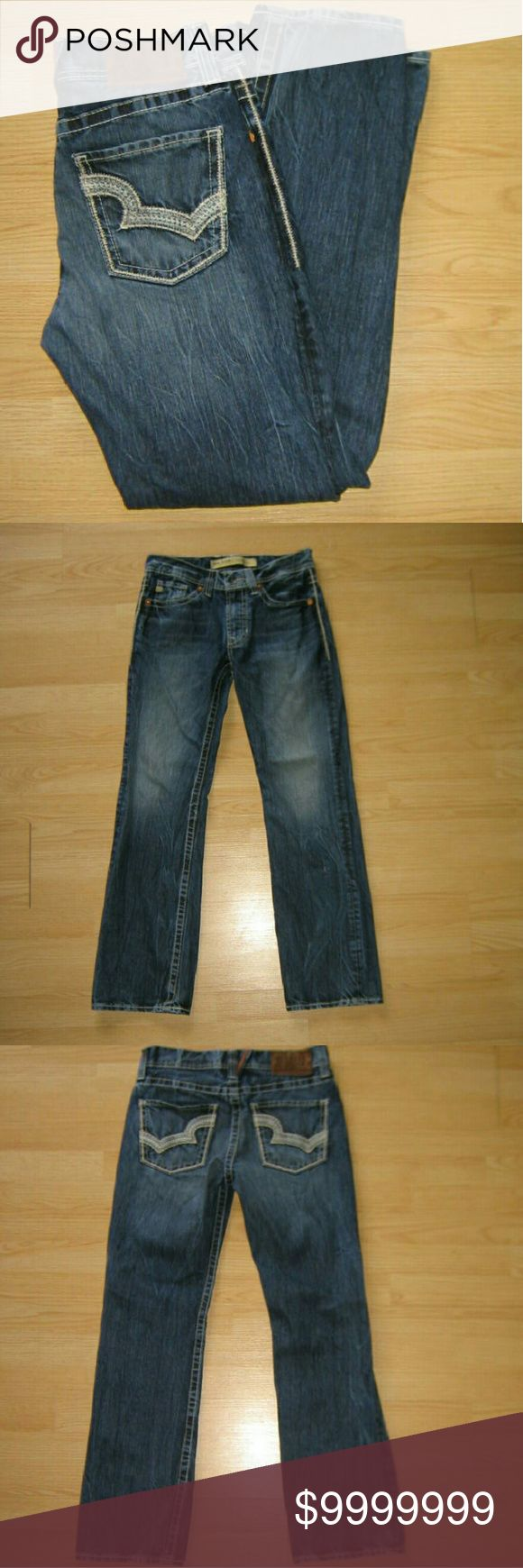 """Big Star Pioneer Bootcut Men's Jeans These jeans are preloved but still in very good condition. These are the Pioneer Regular Boot Cut jeans. Designed exclusively for Buckle. Made of 100% cotton. Tag size  is 31R.  Waist across with natural dip is 15.5"""" Waist across when aligned is 16"""" Front Rise is 9.5"""" Inseam is 32"""" Big Star Jeans Bootcut"""