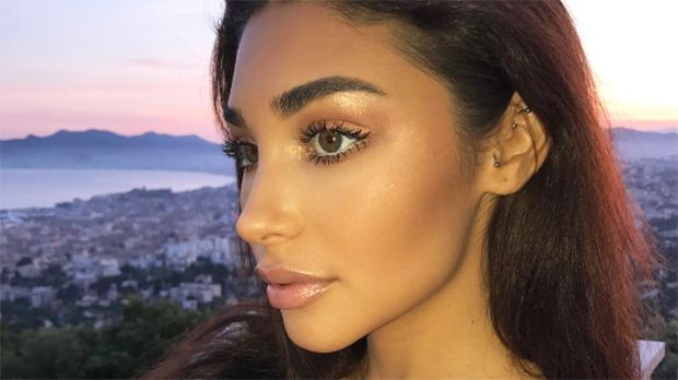 Justin Bieber's Ex Chantel Jeffries Poses Topless & Shows Off Gorgeous Skin On Boat — Pic https://tmbw.news/justin-biebers-ex-chantel-jeffries-poses-topless-shows-off-gorgeous-skin-on-boat-pic  Oh! When it comes to stealing sailor's hearts, Justin Bieber's ex, model Chantel Jeffries is a natural siren! The gorgeous model went totally topless on a boat for a new photo that's bound to make your jaw drop. See it here.Ready to celebrate the Fourth of July? Maybe Chantel Jeffries, 23, and her…