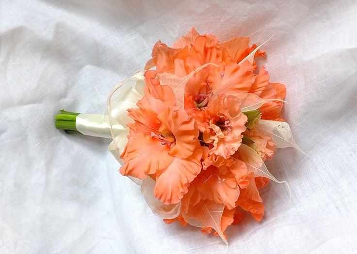 gladiolus bridal bouquet wedding semi sphere bouquet pinterest gladiolus bridal bouquet. Black Bedroom Furniture Sets. Home Design Ideas