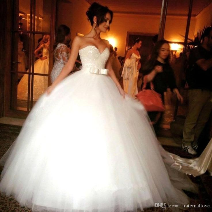 Strapless Dresses 2016 Luxury Beaded Ball Gown Princess Wedding Dresses Sweetheart Backless Crystal Tulle Cathedral Church Bling Bridal Gowns Plus Size Cheap Fashion Dresses From Fraternallove, $147.4| Dhgate.Com