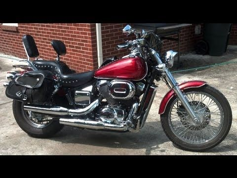 How to change oil in a 2003 Honda Shadow Spirit 750. - http://www.thehowto.info/how-to-change-oil-in-a-2003-honda-shadow-spirit-750/