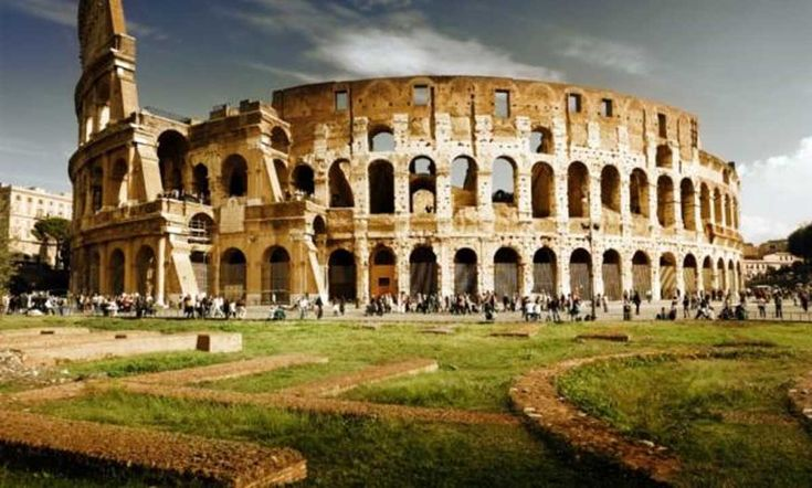 The Colosseum – From Gladiator Fights to Gory Executions and Sea Battles