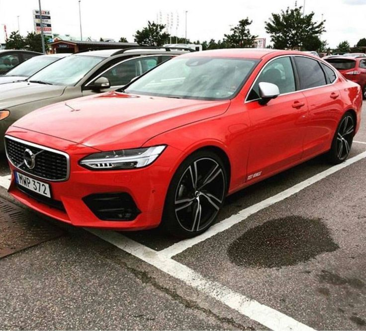 New Volvo S90 R-Design
