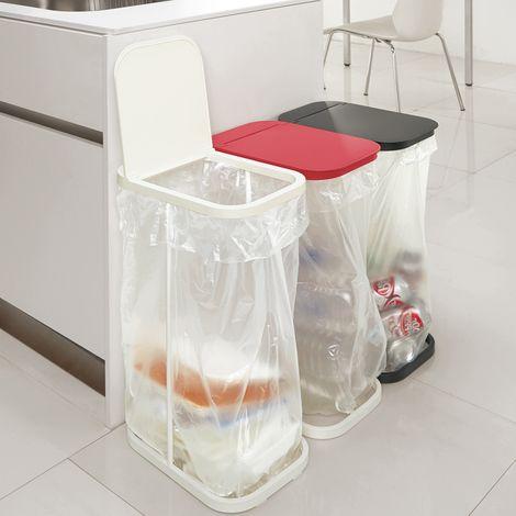 ゴミ袋が掛けられるダストスタンド 通販 【ニッセン】 掃除用品・ゴミ箱 ゴミ箱・ダストボックス キッチン用ゴミ箱  これに袋ではなくネットをかけて蓋にペット、プラ、缶など分別のラベルをはれば 通気性のよい分別ステーションが自宅にできる。1個3000円ぐらい