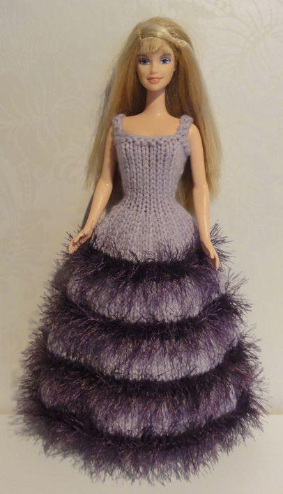 Flitiga Fingrar: Barbiekläder