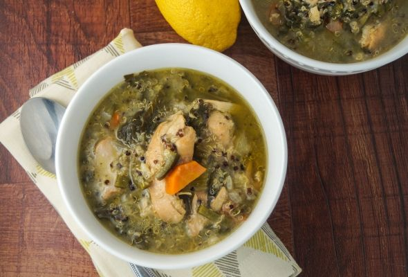 Slow Cooker Chicken Quinoa Stew with Kale, 7 PointsPlus and 270 calories for 1.5 cups - super filling