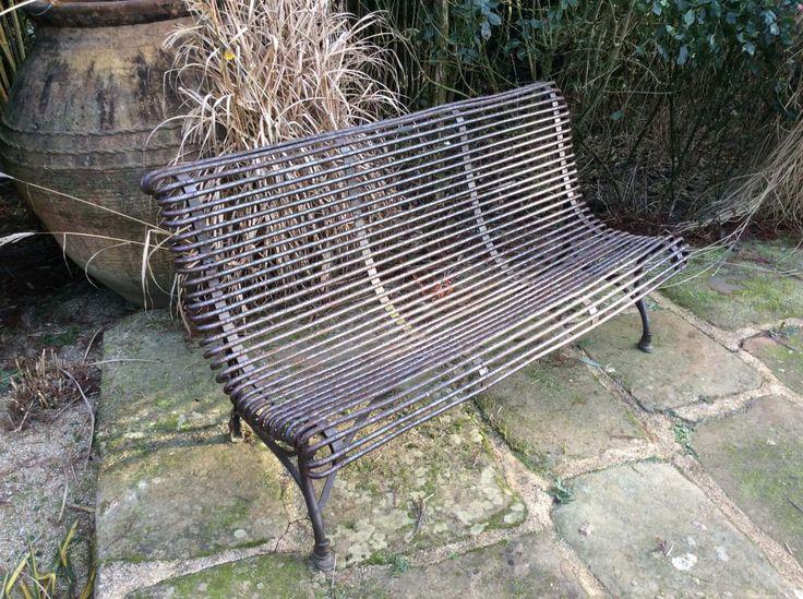 1000 id es propos de banc antique sur pinterest banc for Banc de jardin en ciment