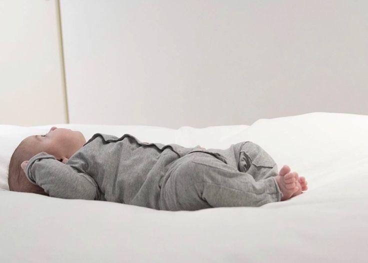 Butt Onesie - Grey | Nixnut Baby & Kids label