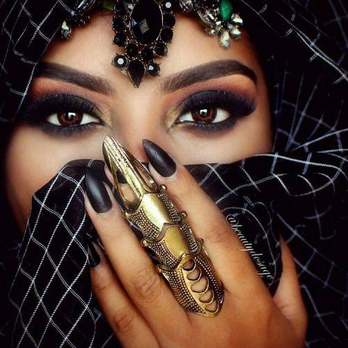 Dubai Fashionista                                                                                                                                                      More