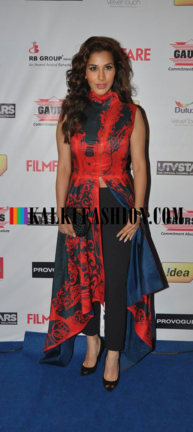 http://www.kalkifashion.com/ Sophia Chaudhary in Shantanu and Nikhil outfit at  Filmfare Awards Nomination Party 2014