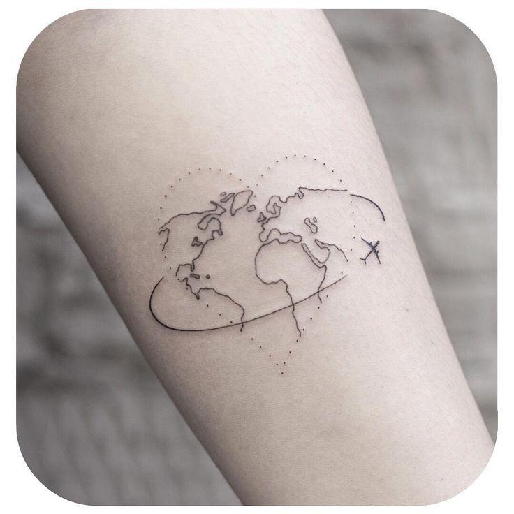 """Kleine Tattoo-Modelle Minimalistische Tattoo-Karten am Handgelenk """"Ich war nicht auf der Suche nach dem Geheimnisvollen … von @ small.minitattoo"""