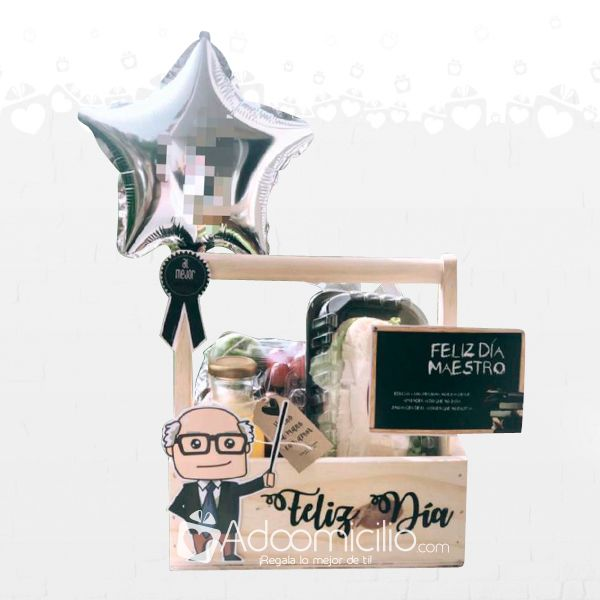 Bouquet Box, Candy Bouquet, Birthday Box, Birthday Gifts, Homeade Gifts, Personalised Gifts Diy, Balloon Box, Bbq Gifts, Honey Shop