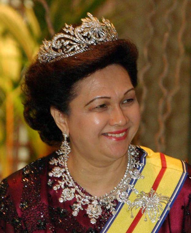 Malaysian Royal Jewels Tiaras Pinterest Royal Jewels