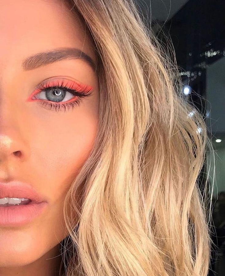 Über 30 schöne Make-up-Ideen für Herbst und Winter.   – Make Up für perfekte Augen