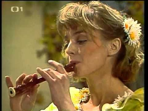 Paní liška (1988) - YouTube