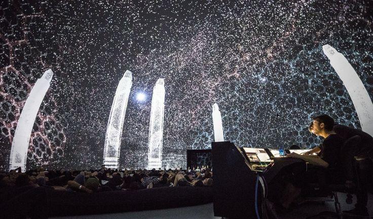 デジタルアートとエレクトロニックミュージックのフェスティバル『MUTEK』の日本版、『MUTEK.JP』が今年も開催される。カナダ モントリオールにて2000年にスタートした『MUTEK』は、現在メキシコシティーやバルセロナ、 ブエノスアイレスなどで開催されている国際的な祭典だ。今年は、ジェームス・ホールデン(JAME