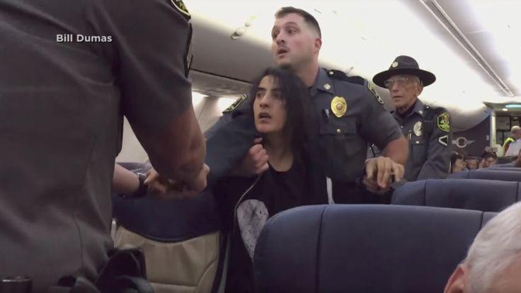 ICYMI: Video indignante: Por declararse alérgica a los animales fue arrastrada fuera de un avión