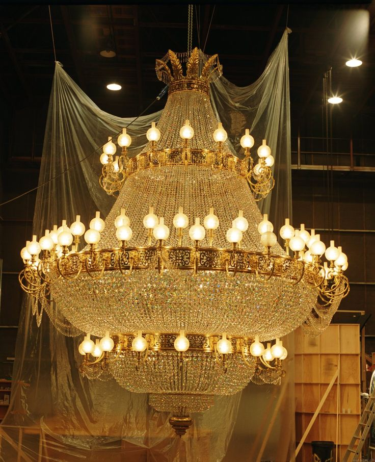 THE Chandelier from Phantom!!!