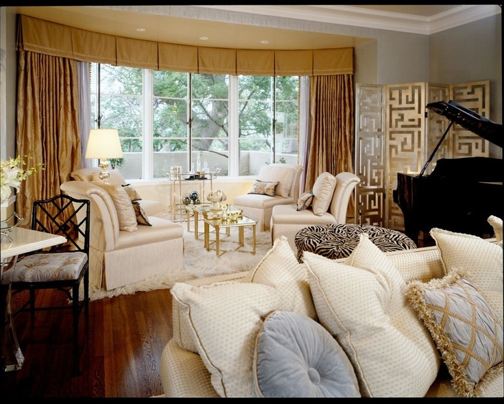 25 best ideas about bow window treatments on pinterest - Living room bay window treatments ...