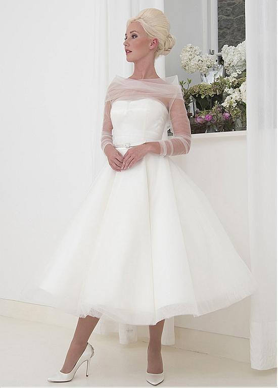 Buy discount Fascinating Tulle Bateau Neckline A-Line Tea-Length Wedding Dress With Belt at Dressilyme.com