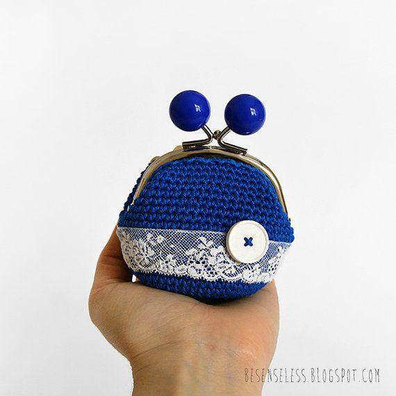 Romantic blue - crochet coin purse - blue cotton yarn, white lace and ceramic button