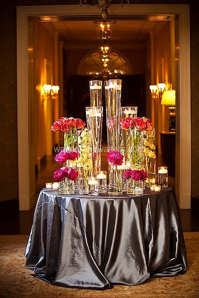Centerpieces and lighting I love