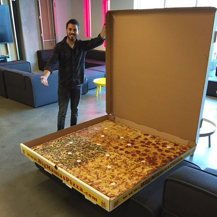 Now THAT'S a pizza!!!
