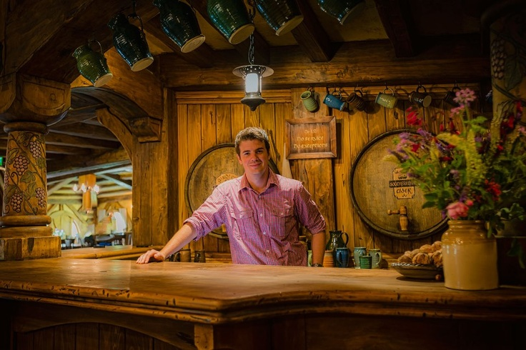 Introducing Shayne Forrest, Food and Beverage Manager at The Green Dragon Inn, Hobbiton Movie Set. Shayne and his team will ensure your time spent in the bar is a highlight of your tour.